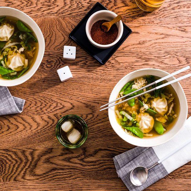 Bibigo Chicken & Vegetable Steamed Dumplings Bulgogi Broth Image