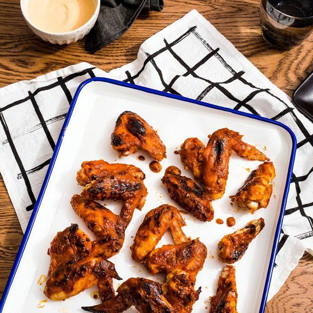 Bibigo Garlic Roasted Chicken Wings Image