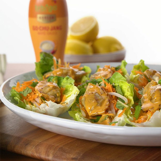 Bibigo Pork & Vegetable Mini Wontons Lettuce Wrap with Gochujang Mayo Sauce Image