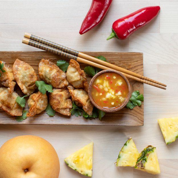 Pineapple Pear Chili Sauce with Mini Wontons